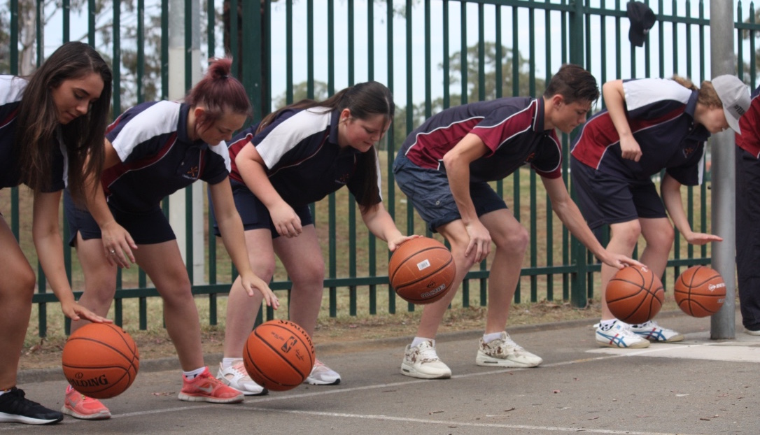 Chifley College students honing their basketball skills at the Eat Strong Play Strong project.
